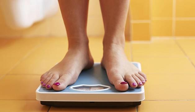 10 ошибок в питании, которые замедляют ваш обмен веществ и приводят к лишнему весу