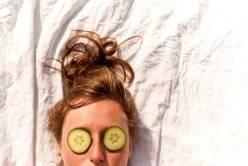 Огуречная маска для лица отбеливающая