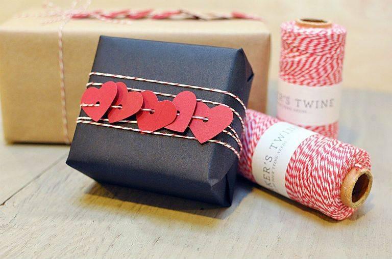 Красиво упаковать подарок в бумагу 58