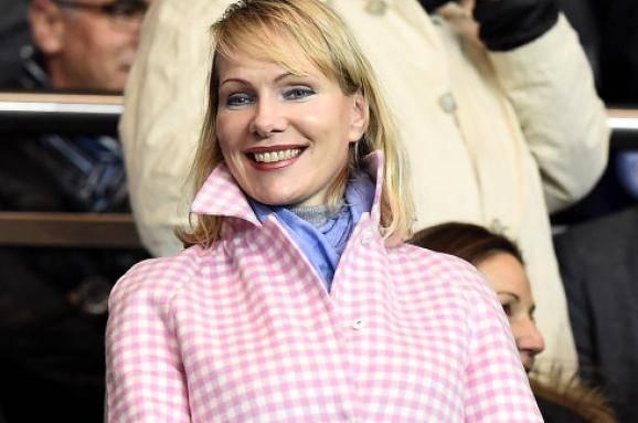 Что скрывает самая богатая россиянка в мире? Тайна миллиардерши из питерских трущоб