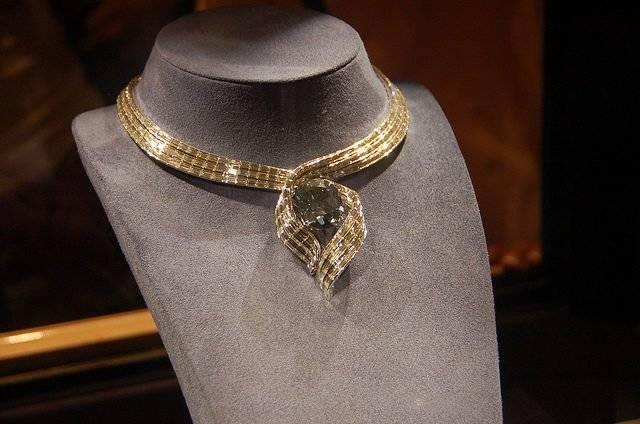 """Алмаз """"Надежда"""" – один из самых известных драгоценных камней в истории"""