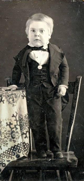 Том Тумб – самый знаменитый карлик в истории, которого обожала королева Виктория!