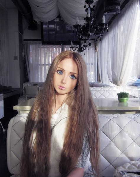 Валерия Лукьянова, известная в народе как кукла Барби, показала себя без макияжа