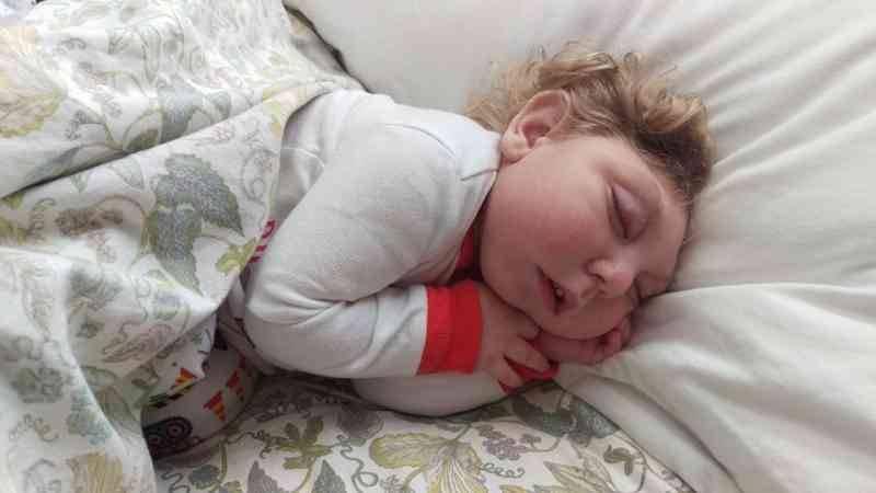 Знакомьтесь, это Джексон Стронг — чудо-ребенок, который выжил, несмотря на слова врачей