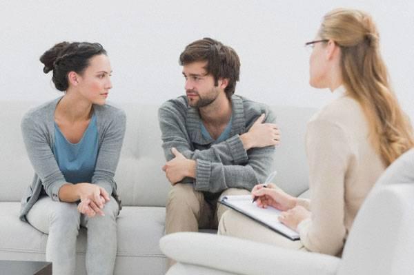 Что такое измена, по мнению адвоката, психотерапевта и проститутки