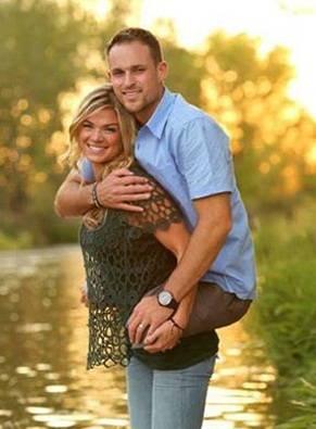 На фотографиях этой пары есть кое-что необычное… Именно по этой причине они разлетелись по Интернету