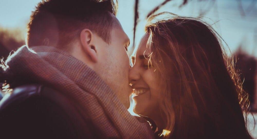 25 признаков того, что мужчина по-настоящему вас уважает