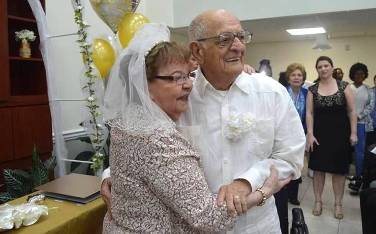 Когда стоит впервые выйти замуж? В 80!