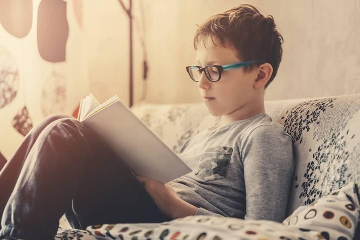 -Я сказала сыну: -Не вздумай читать эту книгу!-