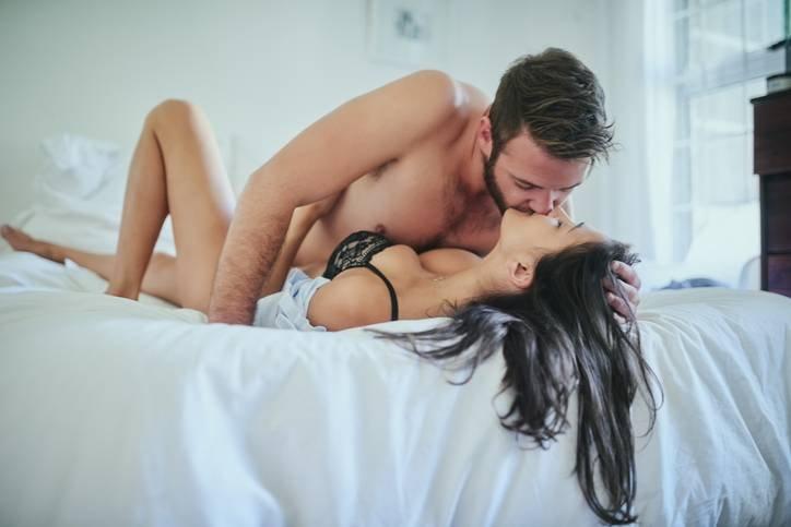 Секс по вашим правилам: как научить мужчину доставлять вам удовольствие