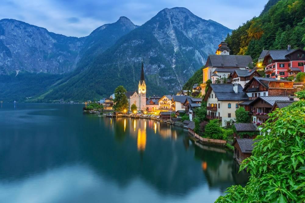 Для тех, кто устал отпыльных имноголюдных городов: 17сказочных деревень мира