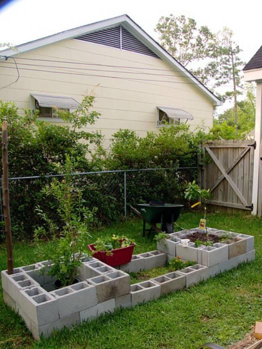 19 оригинальных и практичных поделок из шлакоблоков для дома и сада