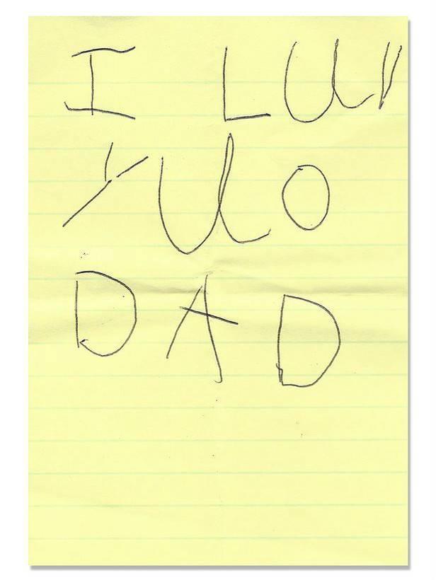 Родители девочки, умершей от рака, до сих пор находят записки от нее
