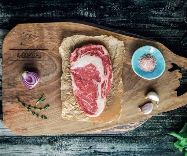 6 заблуждений о -правильных- стейках, из-за которых можно испортить хорошее мясо
