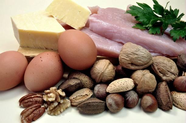 Больше жира – меньше талия. Плюсы и минусы диеты на жирных продуктах