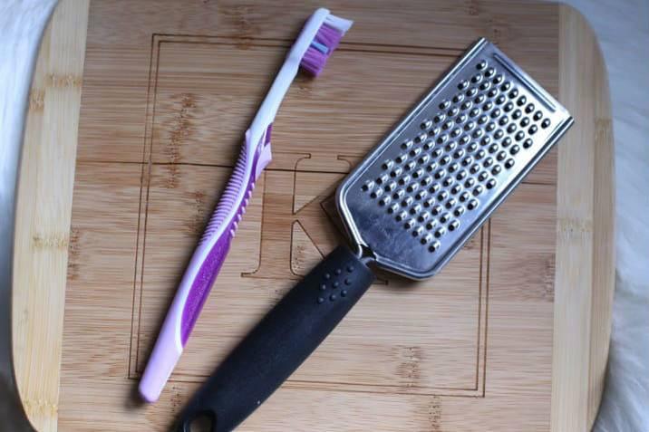 15 гениальных применений зубной щетки, о которых вы не подозревали