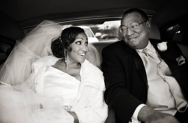 -Это моя дочь!-. 24 невероятно трогательных свадебных фото с отцами