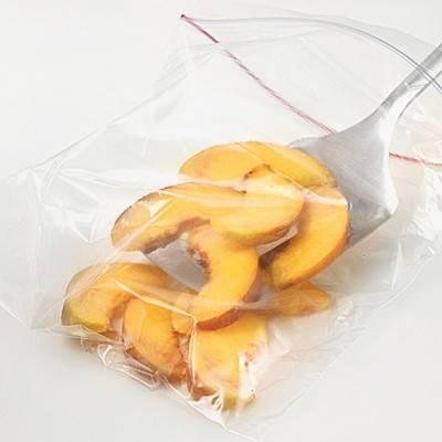 Как правильно заморозить фрукты?
