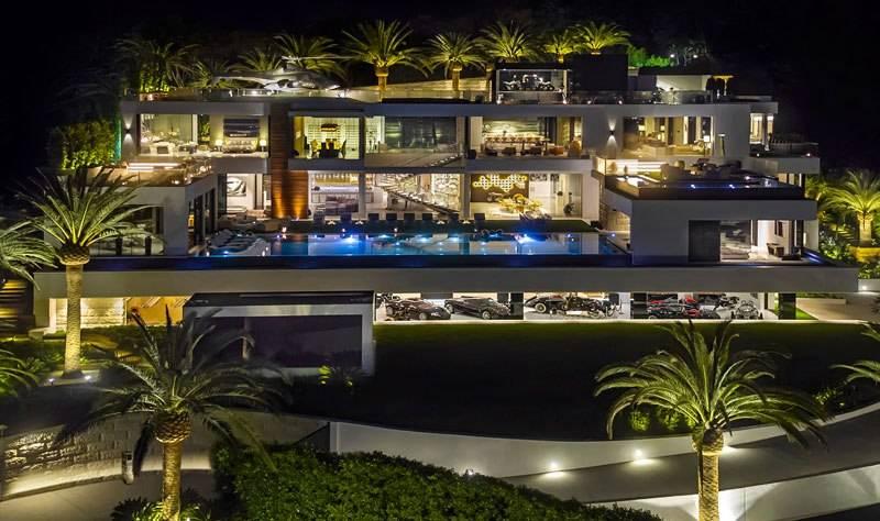 Добро пожаловать в самый дорогой дом США стоимостью $250 млн! Вот как он выглядит изнутри...