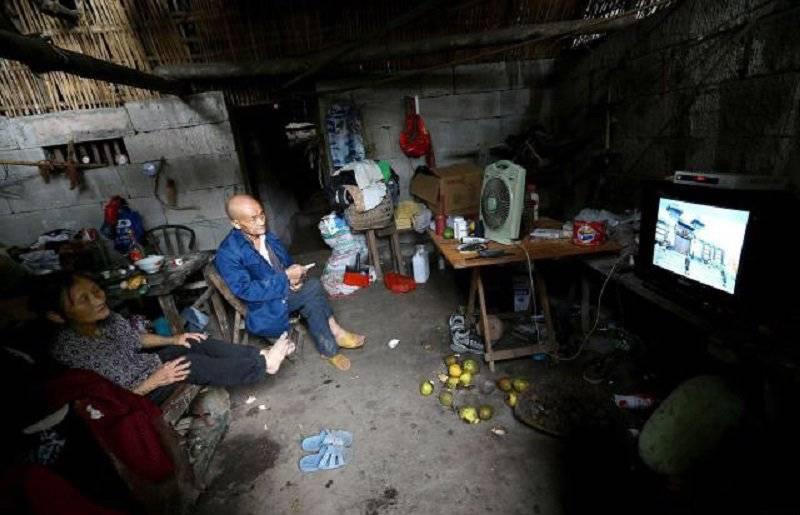 Эта пожилая пара прожила в пещере 54 года. И они не собираются покидать ее!