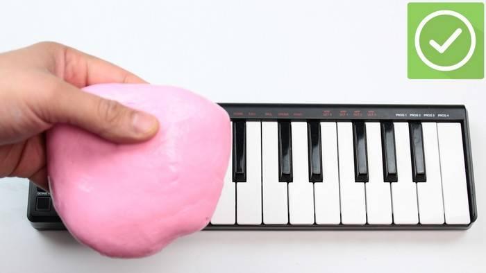 Как сделать -лизуна- для чистки клавиатуры и других труднодоступных мест
