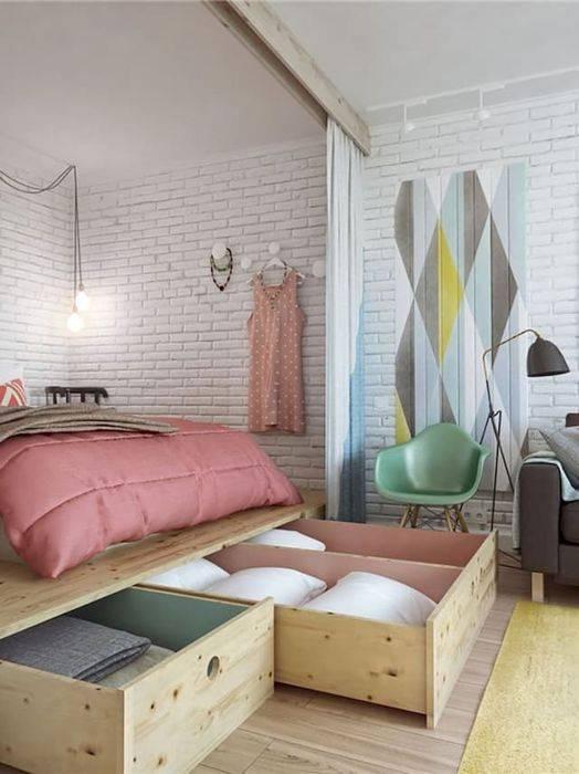 Место под кроватью: 20 практичных идей, которые помогут организовать системы хранения в малогабаритных помещениях