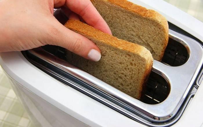 Как сохранить хлеб свежим даже через месяц: хитрость, которая пригодится всем