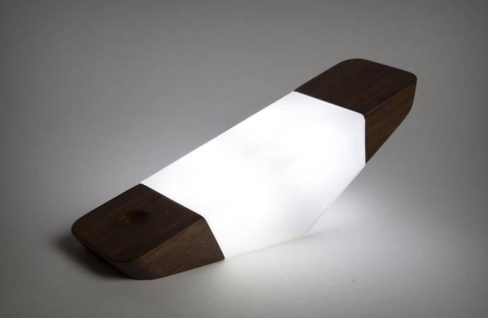 5 неординарных ламп, каждая из которых станет настоящим украшением комнаты