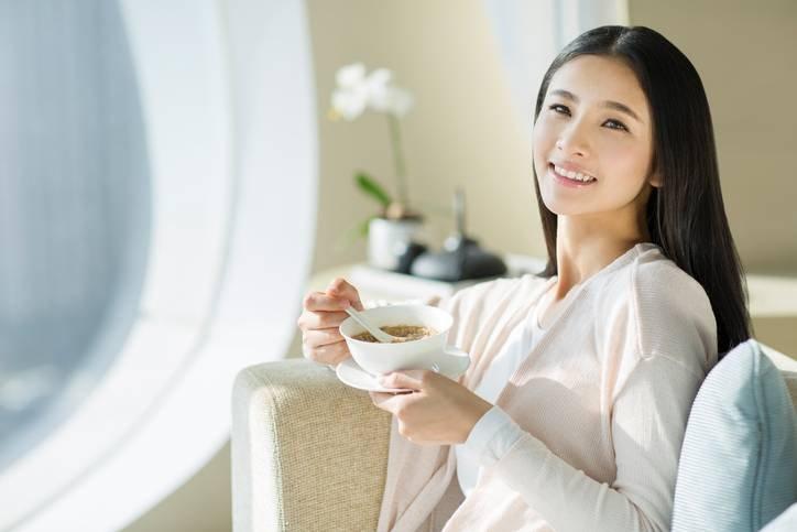 Молодая мама поделилась фотографиями еды из роддома. Теперь все хотят рожать в Японии