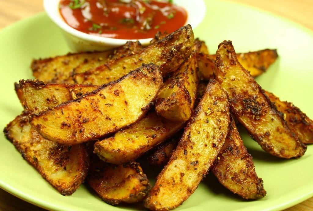 Думаете, что готовили картофель в любом виде? Попробуйте эти пряные картофельные лодочки!