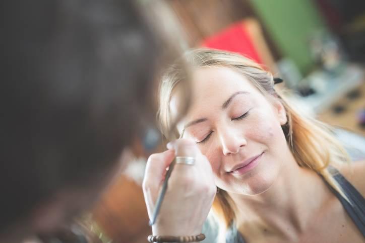 Как уберечь свои брови от плохого мастера: 7 лайфхаков, которые точно помогут