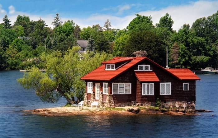 Где находится самый маленький обитаемый остров на планете, и почему его обитатели не обрели желанного покоя