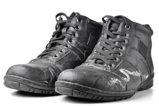 Как уберечь зимнюю обувь от реагентов