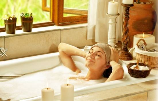В чём польза морской соли для ванн в домашних условиях? Вред морской соли для ванн, как правильно принимать ванну с солью