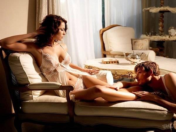 Как не стесняться своего тела в постели с партнером