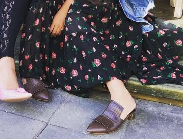 -Бабкины туфли-: Ирину Дубцову подняли на смех из-за модной обуви, фото