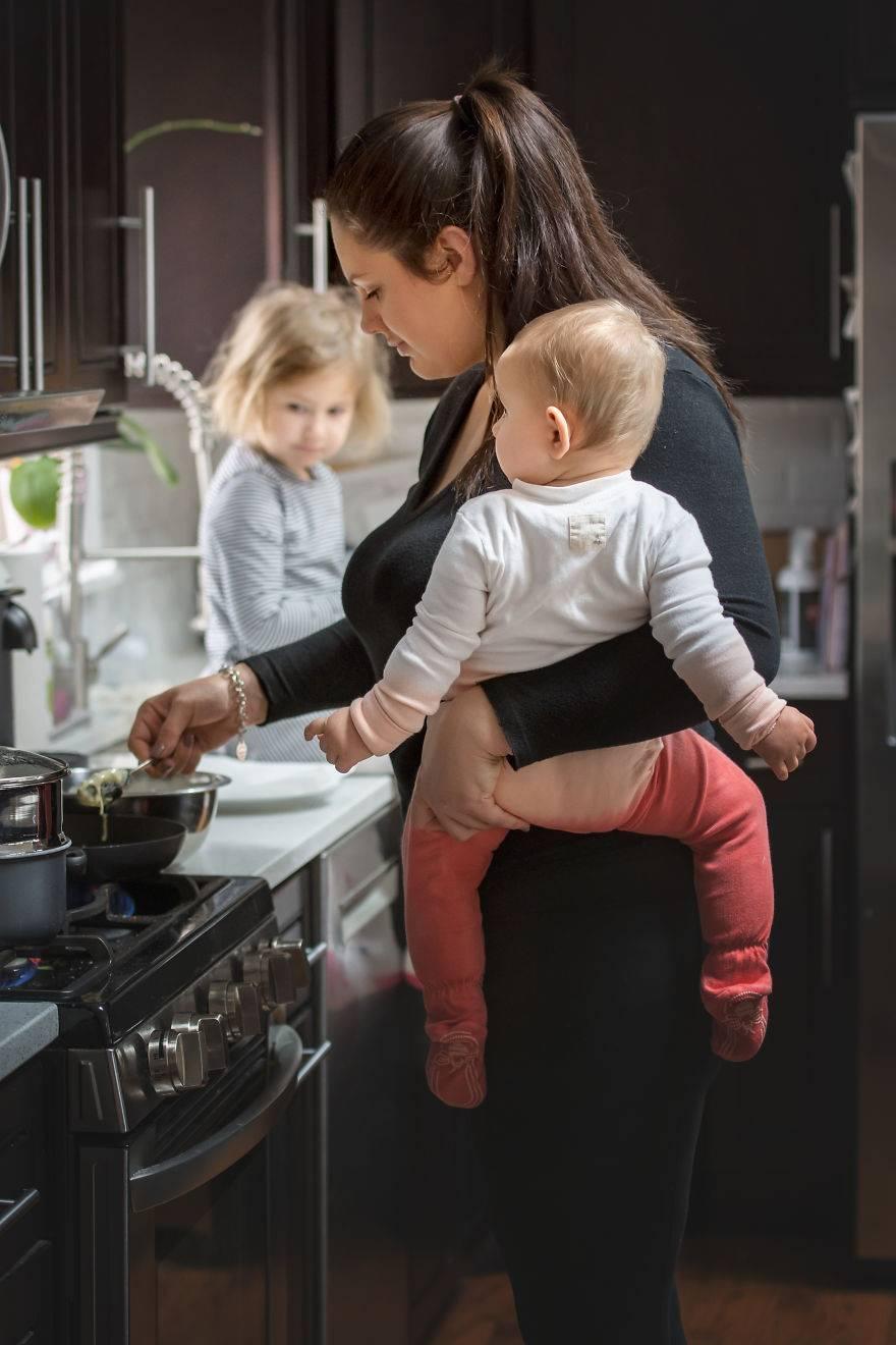 Эти фотографии доказывают: материнство — круглосуточная работа без выходных