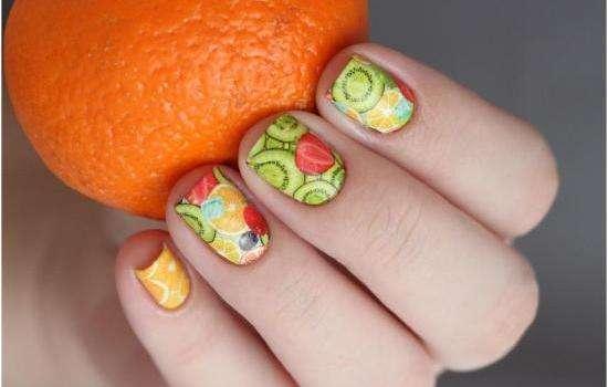 Тренды летнего маникюра: фрукты, радуга или геометрические узоры? Какой маникюр в моде этим летом