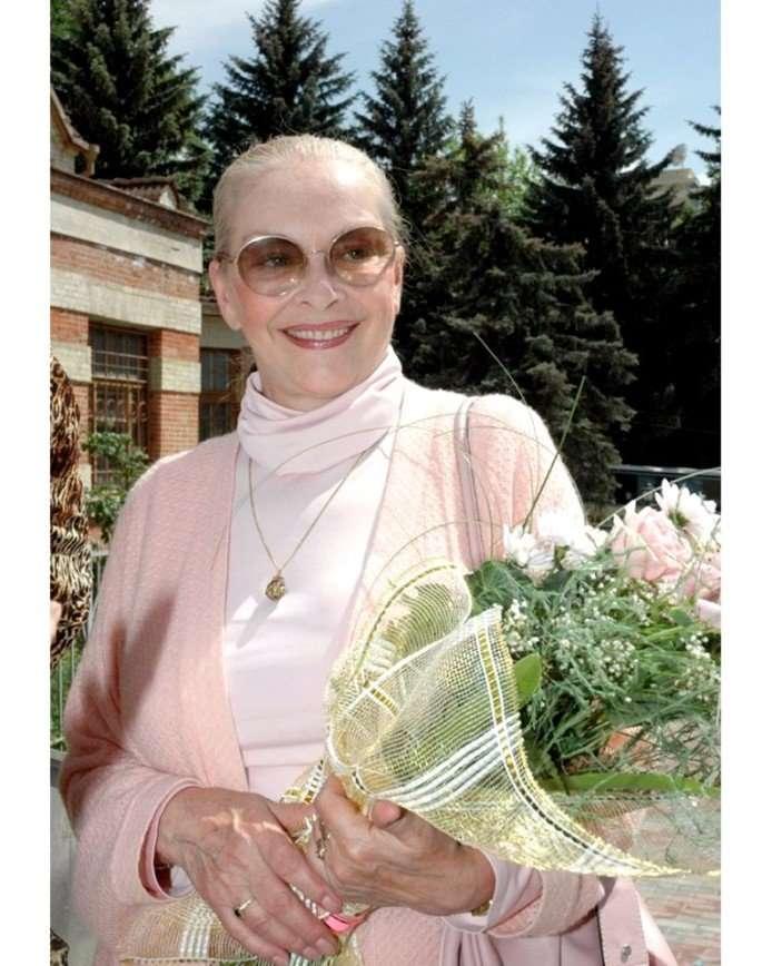 -Красиво постарела-: в сеть попало новое фото 77-летней Барбары Брыльской