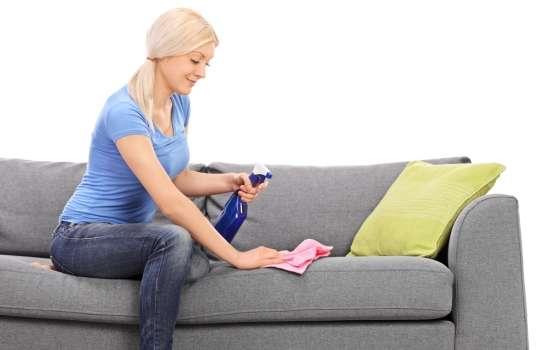 Лучшие средства для чистки мягкой мебели: чем почистить диван? Как избежать проблем чистки мягкой мебели от загрязнений, жира и пятен