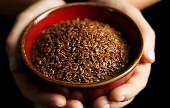 Все о пользе семян льна для женщин. Правила употребления и как лен помогает похудеть