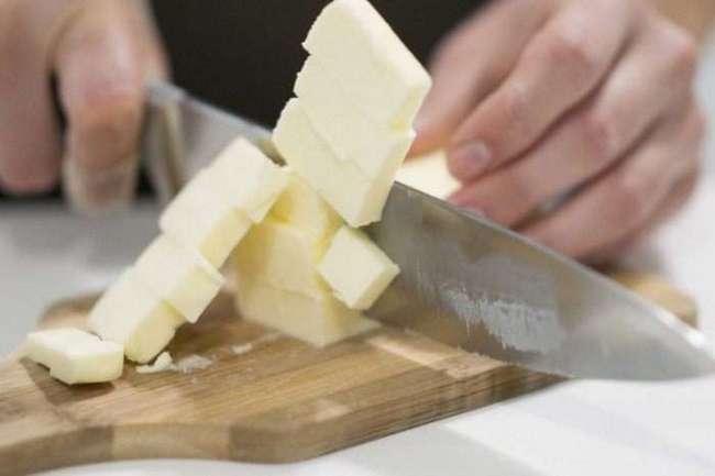Для чего повара накрывают масло стаканом: Трюк, который не помешает взять на вооружение хозяйкам