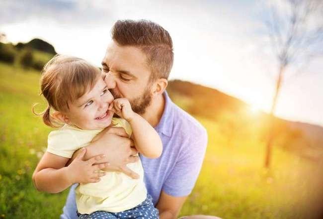 Как воспитывать дочь без отца