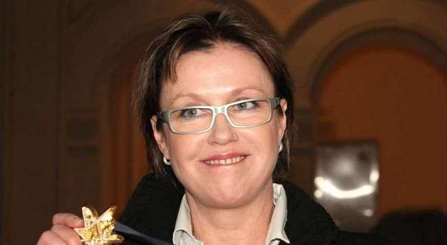 «Обворожительна»: 57-летняя Ирина Розанова показала «домашнее» фото без фильтров и фотошопа