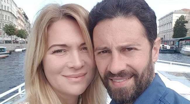 «Губы по дурости наколола»: жена Антона Макарского показала, как изменилась за 29 лет