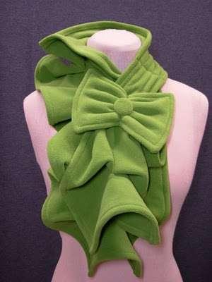 Теплый, мягкий, оригинальный и красивый шарф можно сшить очень быстро