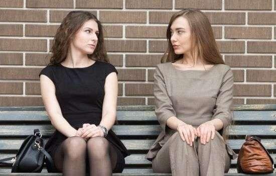 Причины женской взаимной неприязни. Основные отличия женского соперничества: почему надо опасаться подруг и любить соперниц?