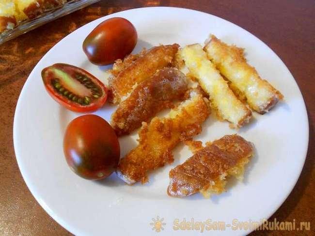 Жареный в сухарях сыр