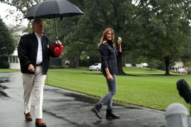 Что за мальчуган? Мелания Трамп резко изменила стиль в странную сторону