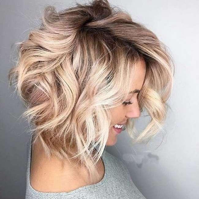 Короткие стрижки для волнистых волос: интересные идеи, особенности выполнения, фото